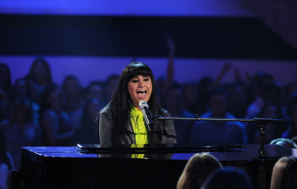 American Idol 2014 Spoilers – Finale – Jena Irene and Paramore Performance 3