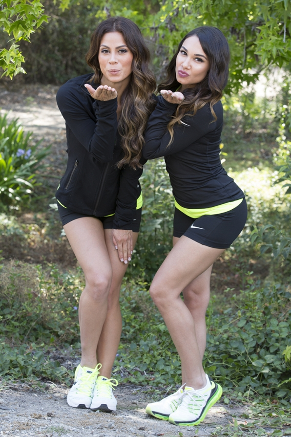 The Amazing Race 2015 Spoilers – Season 27 Cast – Tiffany and Krista