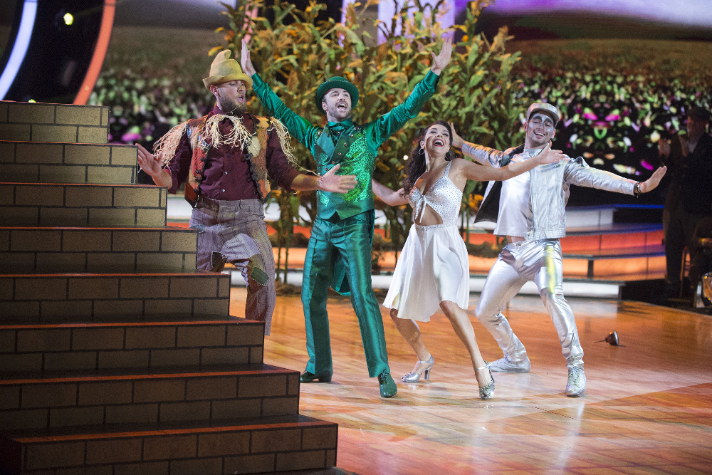 Dancing with the Stars 2016 Spoilers - Week 9 Performances - James Hinchcliffe and Jenna Johnson